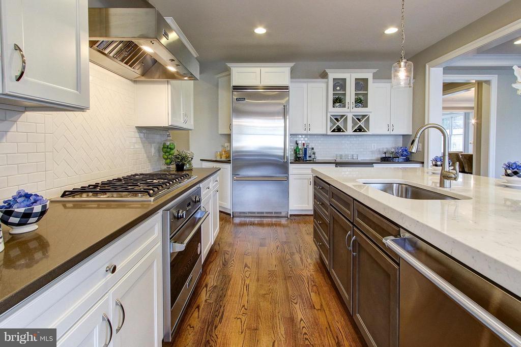 Kitchen - 4411 COLFAX ST, KENSINGTON
