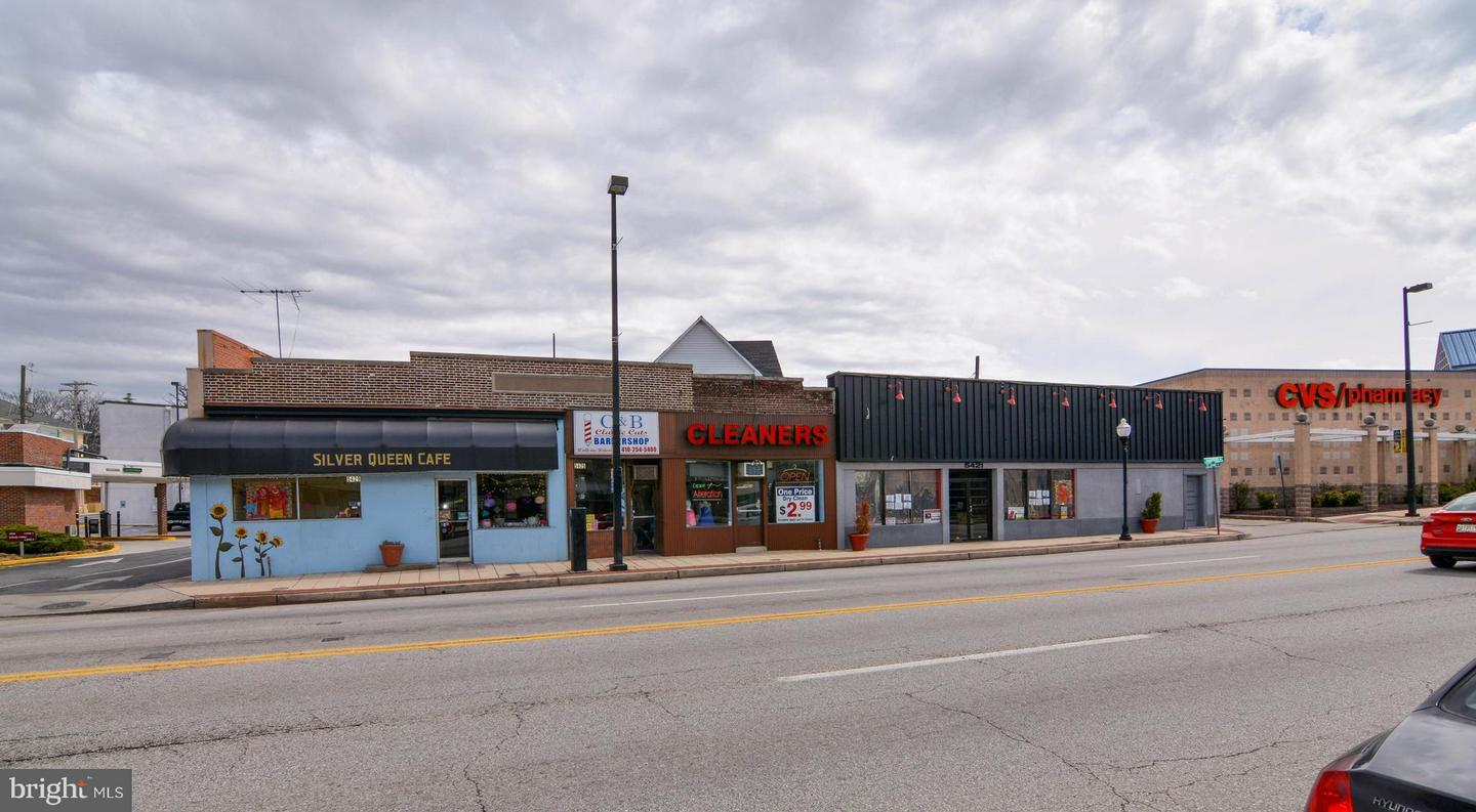 Commercial for Sale at 5423 Harford Rd Baltimore, Maryland 21214 United States