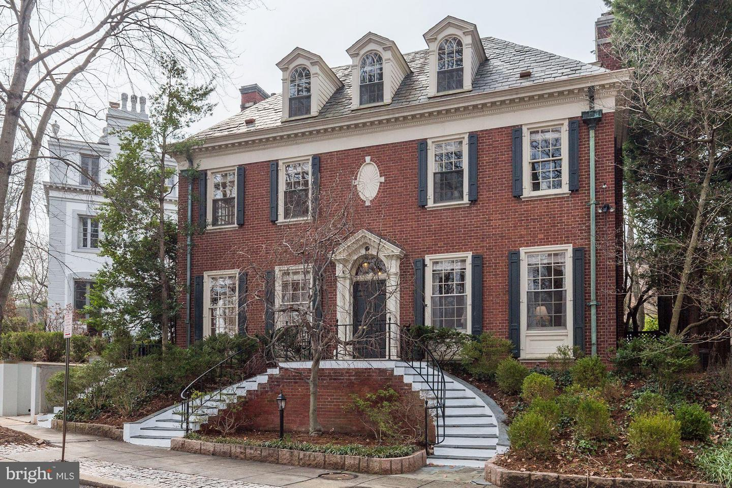 Single Family for Sale at 86 Kalorama Cir NW Washington, District Of Columbia 20008 United States