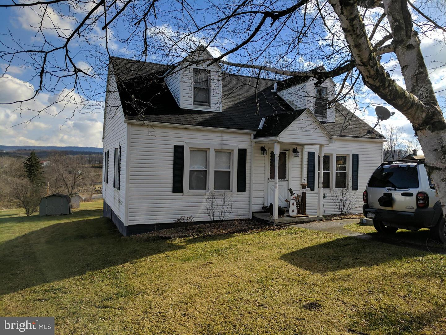 Single Family for Sale at 21061 Main St Shade Gap, Pennsylvania 17255 United States