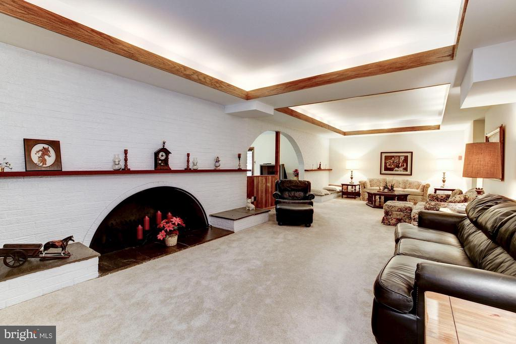 Basement with wood burning fireplace - 11308 HUNTING HORSE DR, FAIRFAX STATION