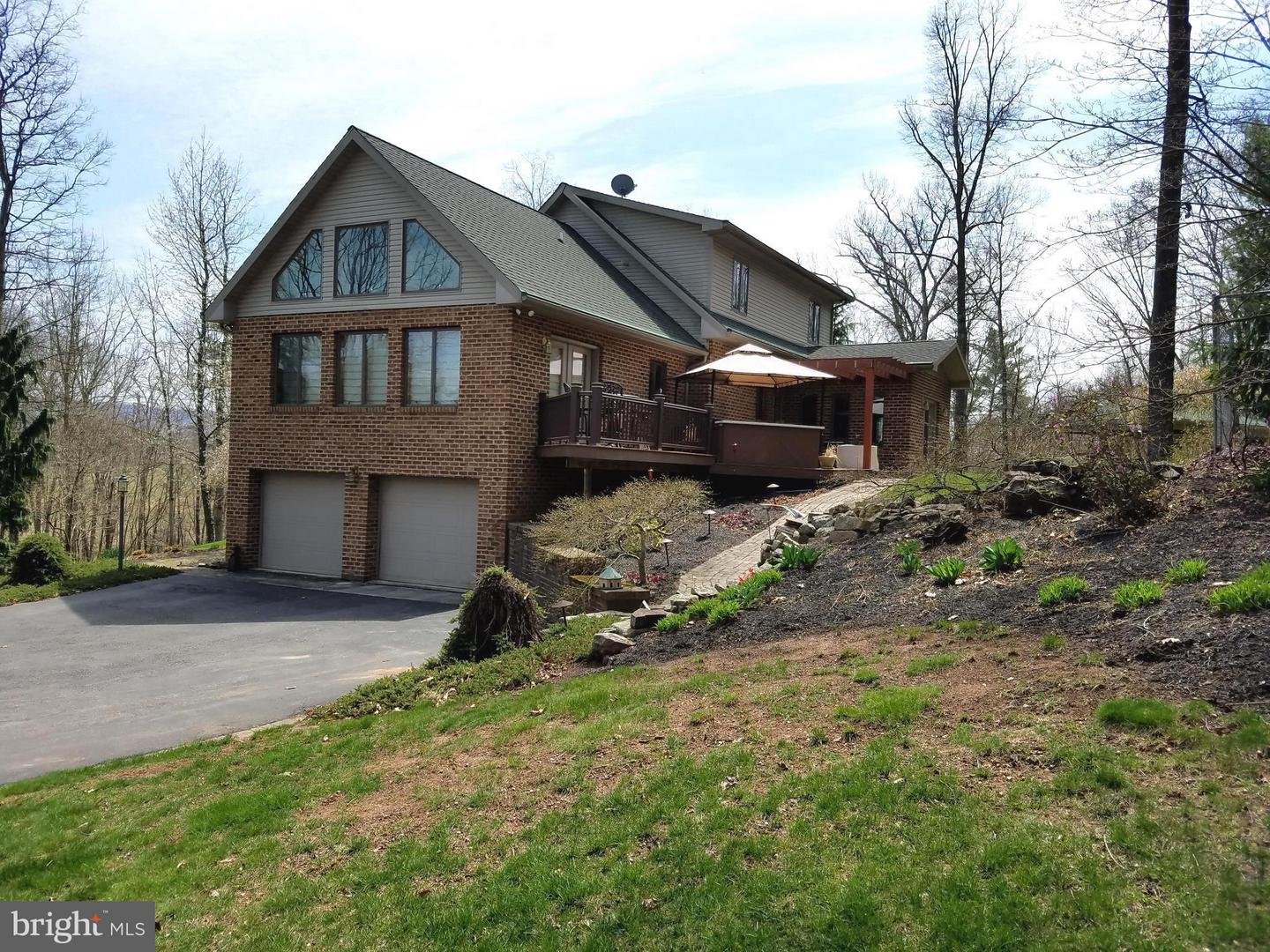 Single Family for Sale at 506 Hess Rd Needmore, Pennsylvania 17238 United States