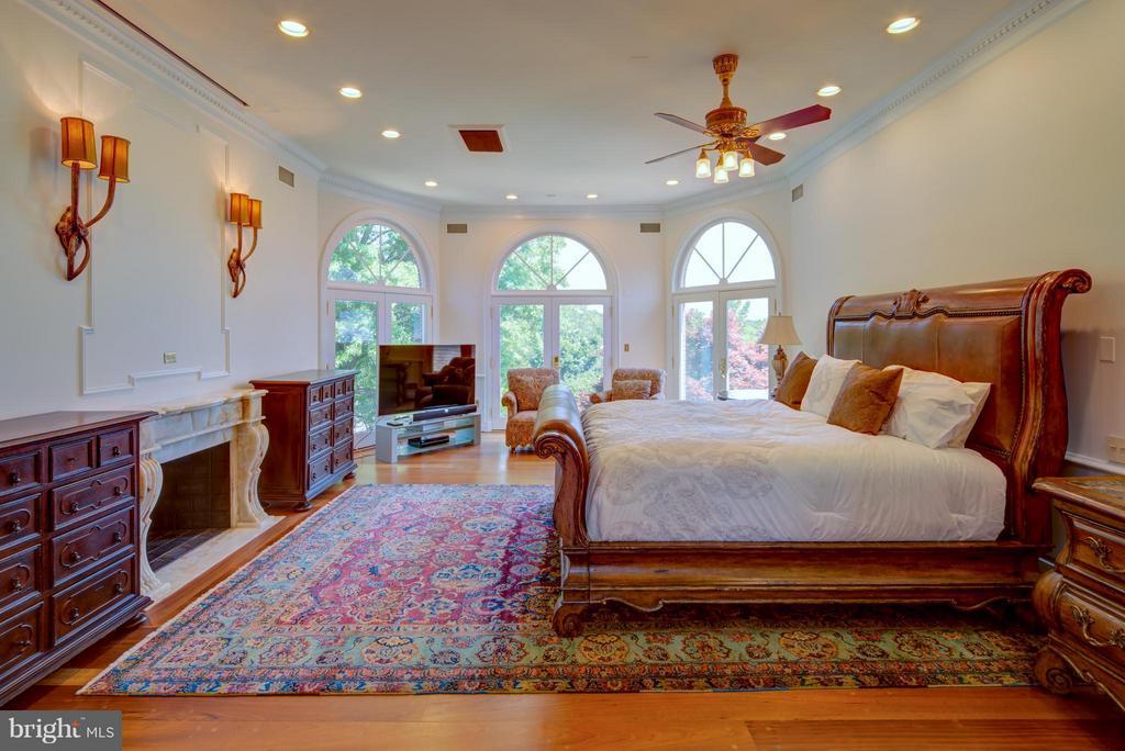 Bedroom (Master) - 9531 RIVER RD, POTOMAC