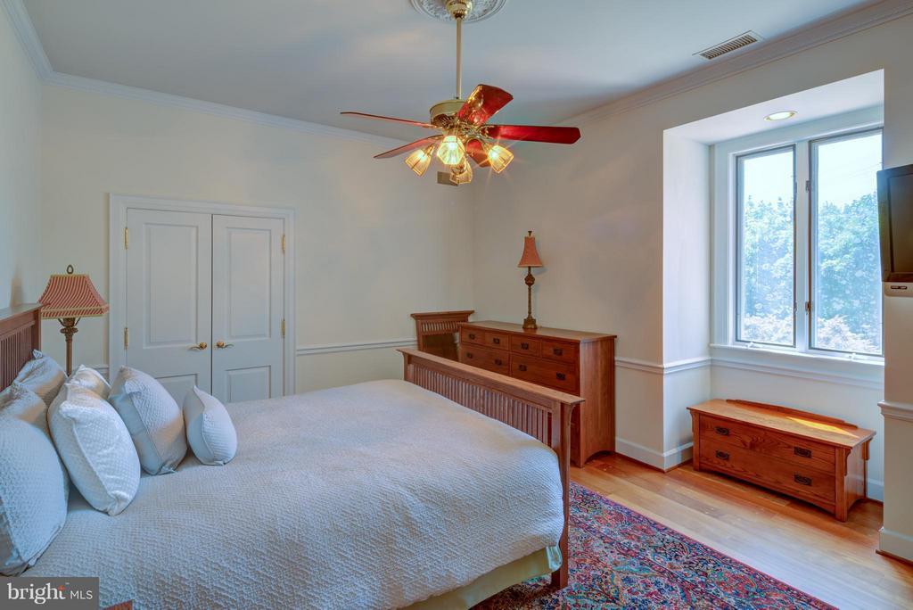 Bedroom 3 - 9531 RIVER RD, POTOMAC