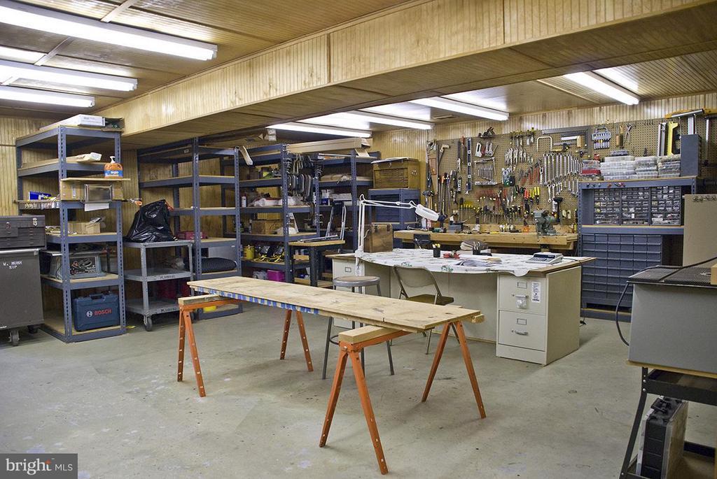 Workshop - 344 PROVIDENCE LN, BLUEMONT