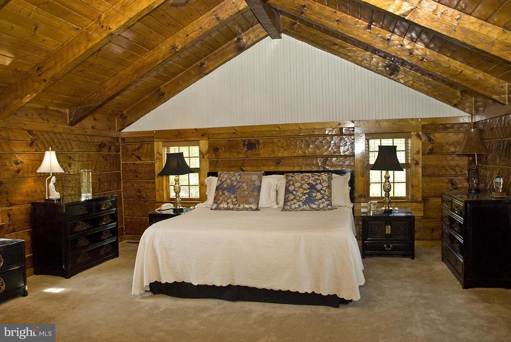 Bedroom (Master) - 344 PROVIDENCE LN, BLUEMONT