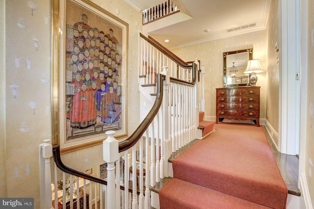 Lovely 2nd floor landing with view of stair to 3rd - 4880 GLENBROOK RD NW, WASHINGTON