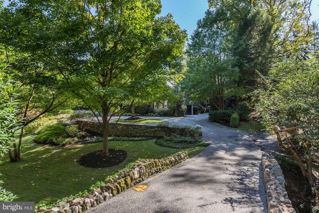 Gorgeous entrance over stone bridge - 4880 GLENBROOK RD NW, WASHINGTON