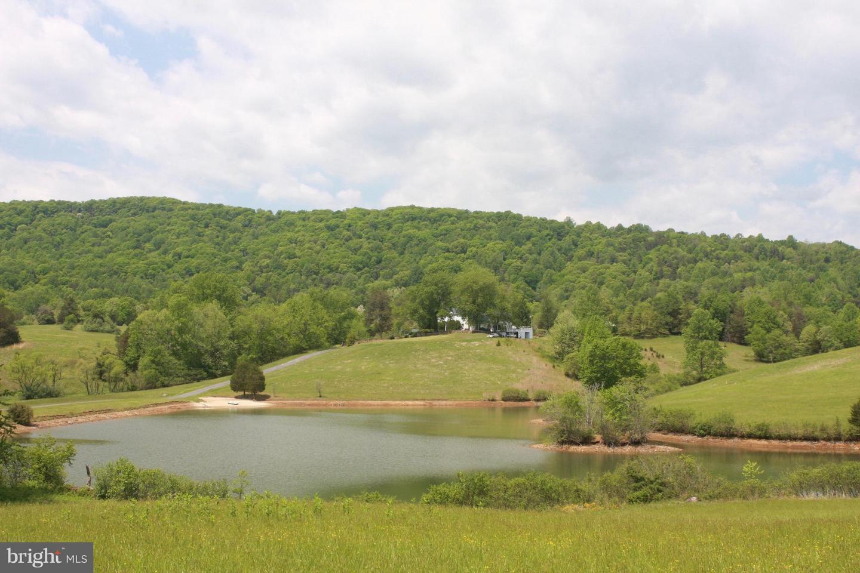 Land for Sale at 399 Castleton Ford Rd Castleton, Virginia 22716 United States