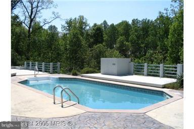 Pool - 11322 WINDSOR RD, IJAMSVILLE