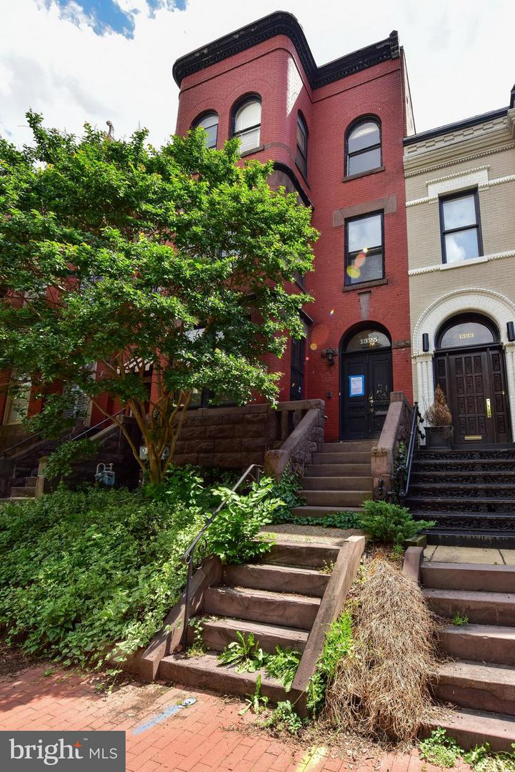 Single Family for Sale at 1325 21st St NW Washington, District Of Columbia 20036 United States