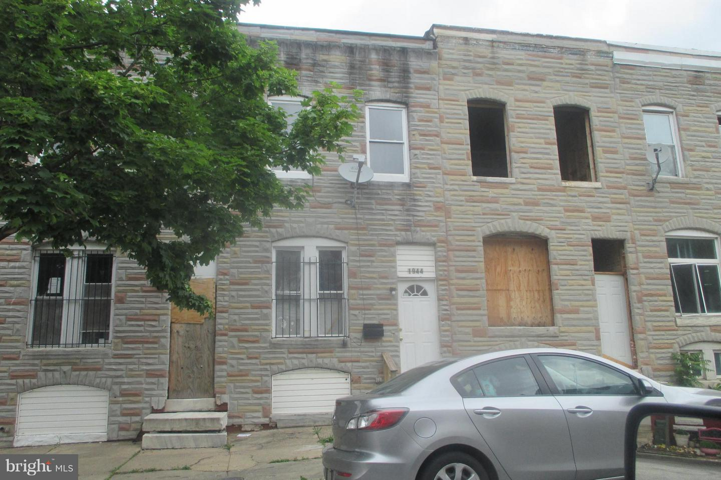 Single Family for Sale at 1944 Lauretta Ave Baltimore, Maryland 21223 United States