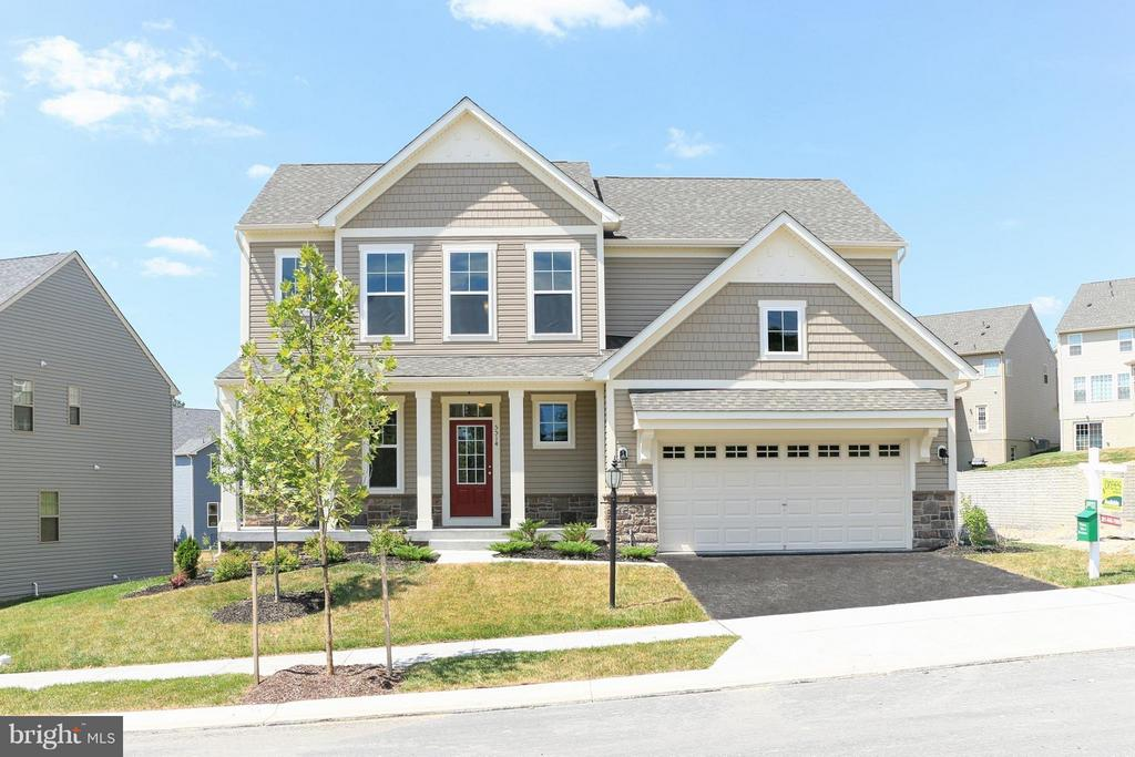 This Wycliff is move-in ready! - 5514 GOLDEN EAGLE RD, FREDERICK