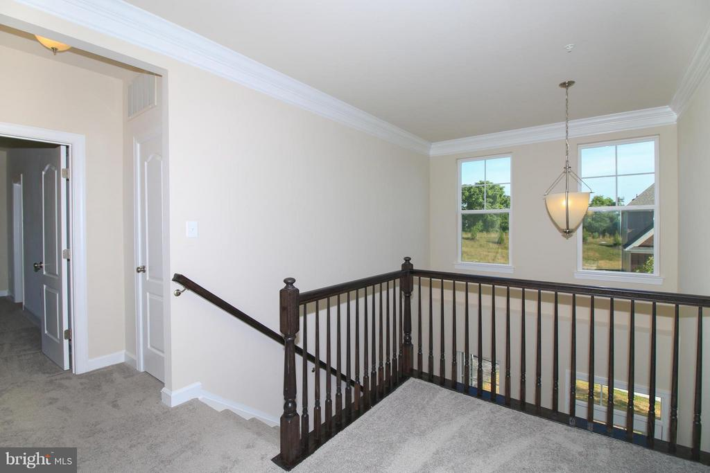 Second floor landing - 5514 GOLDEN EAGLE RD, FREDERICK