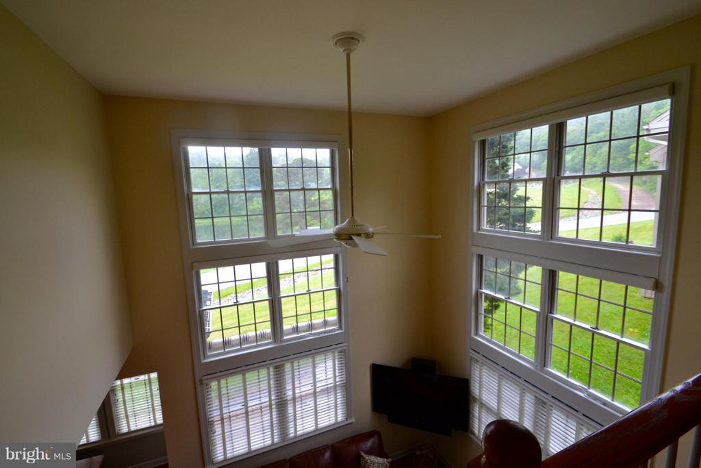 Every window looks out to stunning views - 13878 POND VIEW LN, MERCERSBURG