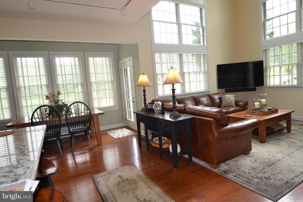 Living Room/Great Room --dream room - 13878 POND VIEW LN, MERCERSBURG