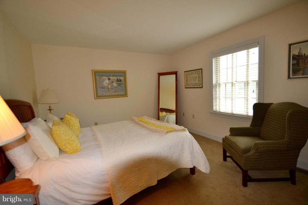 One of three upper level bedrooms - 13878 POND VIEW LN, MERCERSBURG