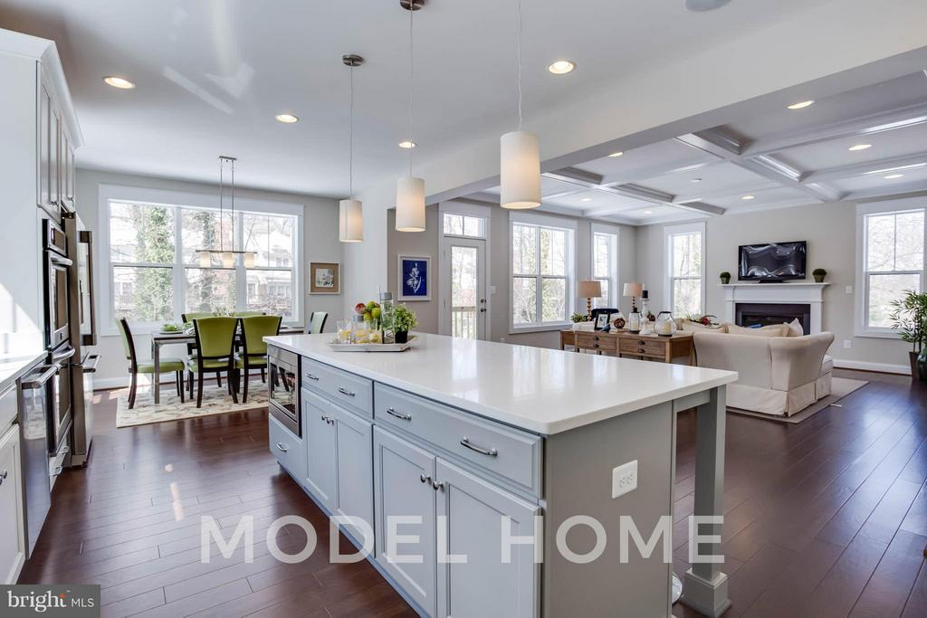 Kitchen - 2015 NORDLIE PL, FALLS CHURCH