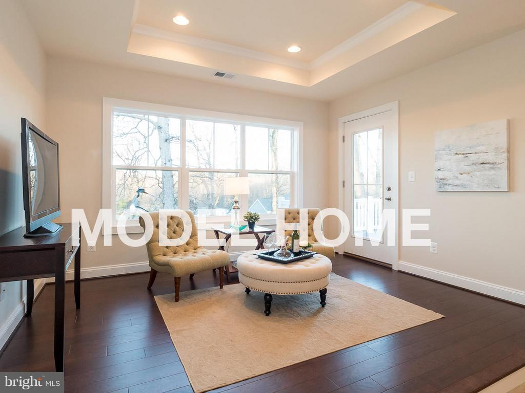 Bedroom (Master) - 2015 NORDLIE PL, FALLS CHURCH
