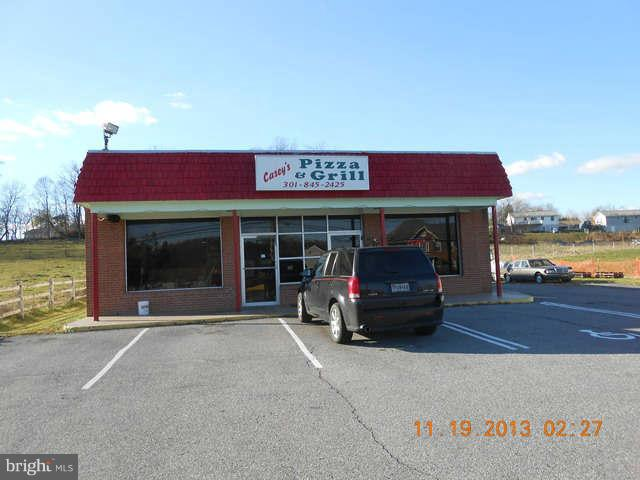 Commercial for Sale at 615 Main St Woodsboro, Maryland 21798 United States