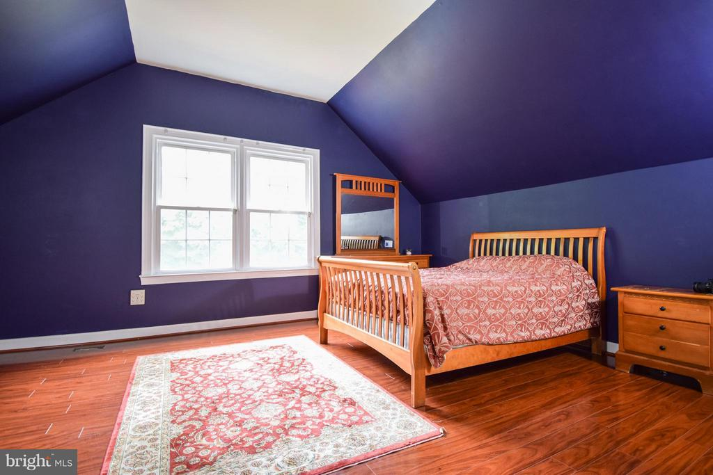 Bedroom - 9811 HAMPTON RD, FAIRFAX STATION