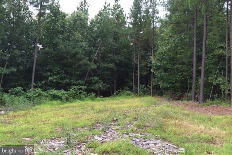 Additional photo for property listing at Lot 2-A Hunt Rd  Front Royal, Virginia 22630 United States