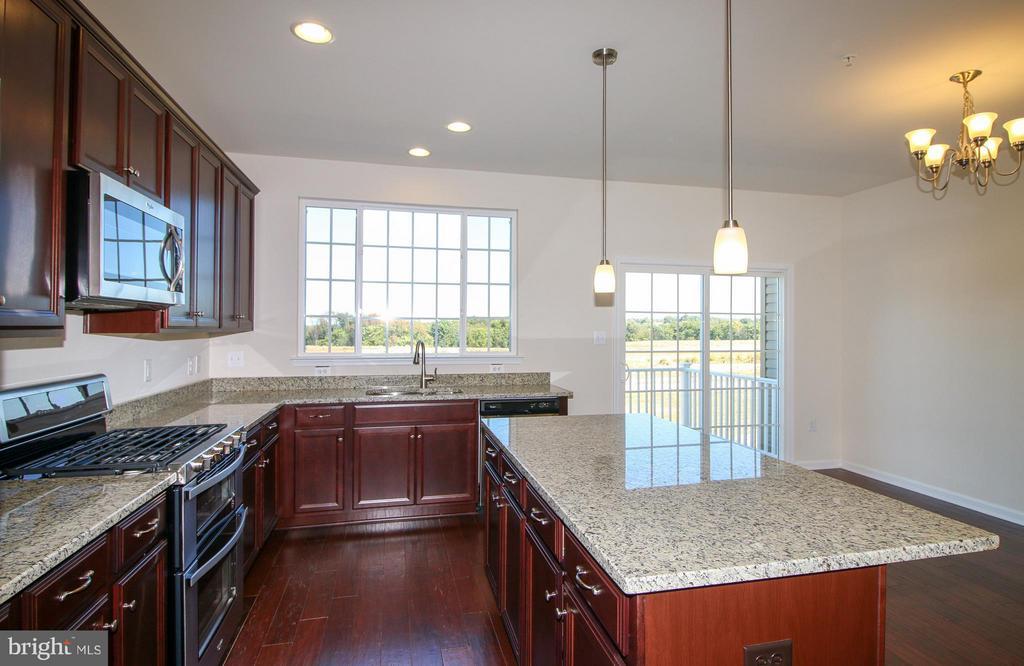 Kitchen - 8450 HEDWIG LN, FREDERICK