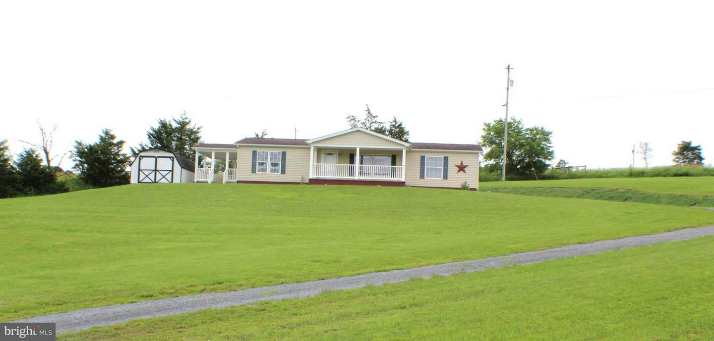 Single Family for Sale at 120 Dewey Dr Maysville, West Virginia 26833 United States