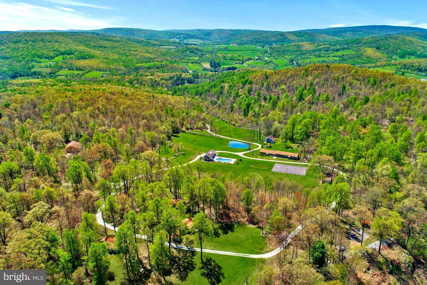 Farm for Sale at 17912 Harbaugh Valley Rd Fairfield, Pennsylvania 17320 United States