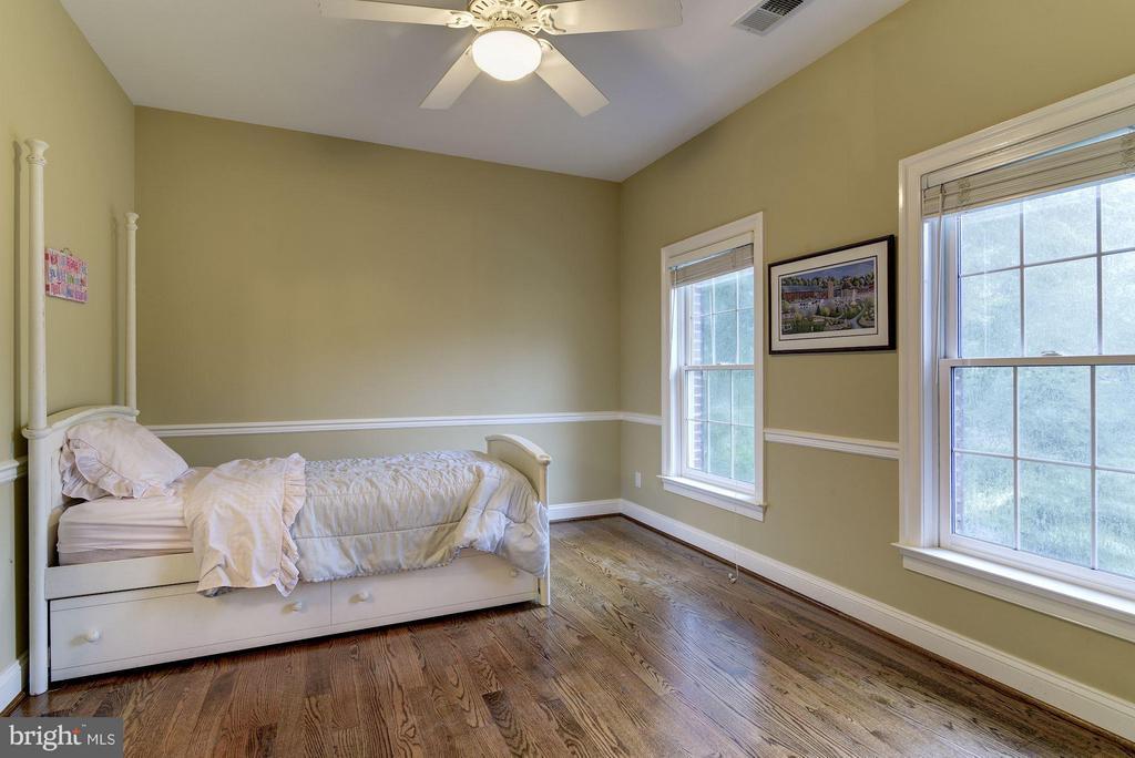 Bedroom 3 - 8633 FENWAY RD, BETHESDA