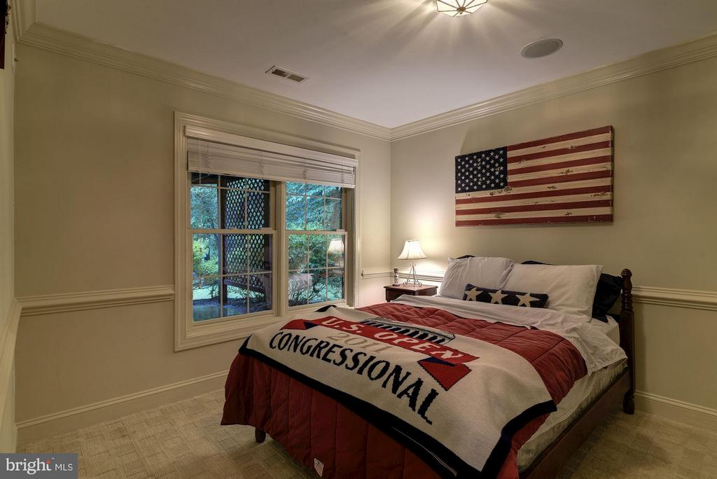 Bedroom 5 - 8633 FENWAY RD, BETHESDA
