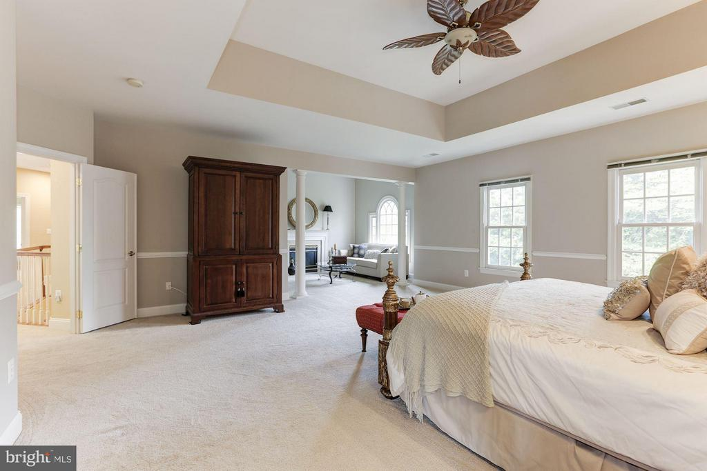 Bedroom (Master) - 18572 SEMINOLE CT, LEESBURG