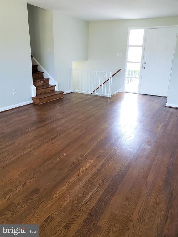 Living Room - 4433 19TH PL NE, WASHINGTON
