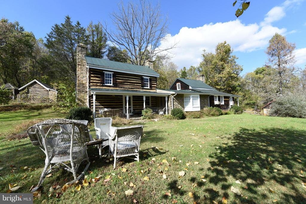 6075  ENON SCHOOL ROAD, Marshall in FAUQUIER County, VA 20115 Home for Sale