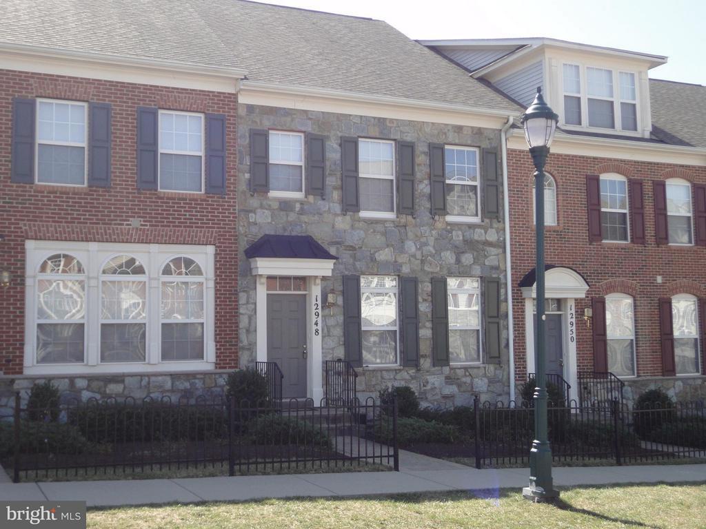 Exterior (Front) - 12948 CLARKSBURG SQUARE RD, CLARKSBURG