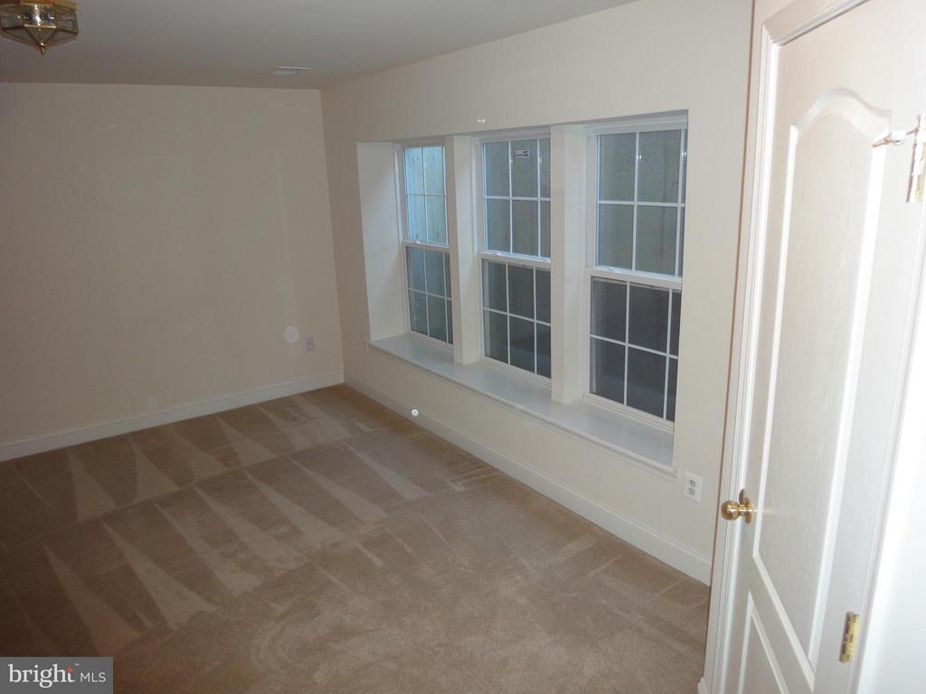 Bedroom (Master) - 12948 CLARKSBURG SQUARE RD, CLARKSBURG