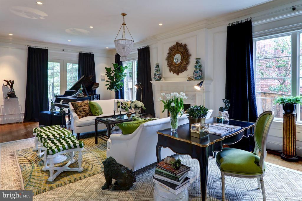 Formal Living Room - 2509 FOXHALL RD NW, WASHINGTON
