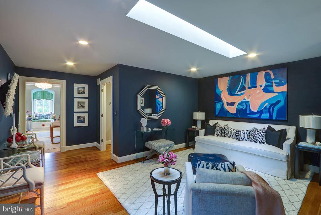 Bonus Room - 2509 FOXHALL RD NW, WASHINGTON