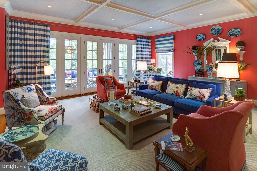 Great Room - 2509 FOXHALL RD NW, WASHINGTON