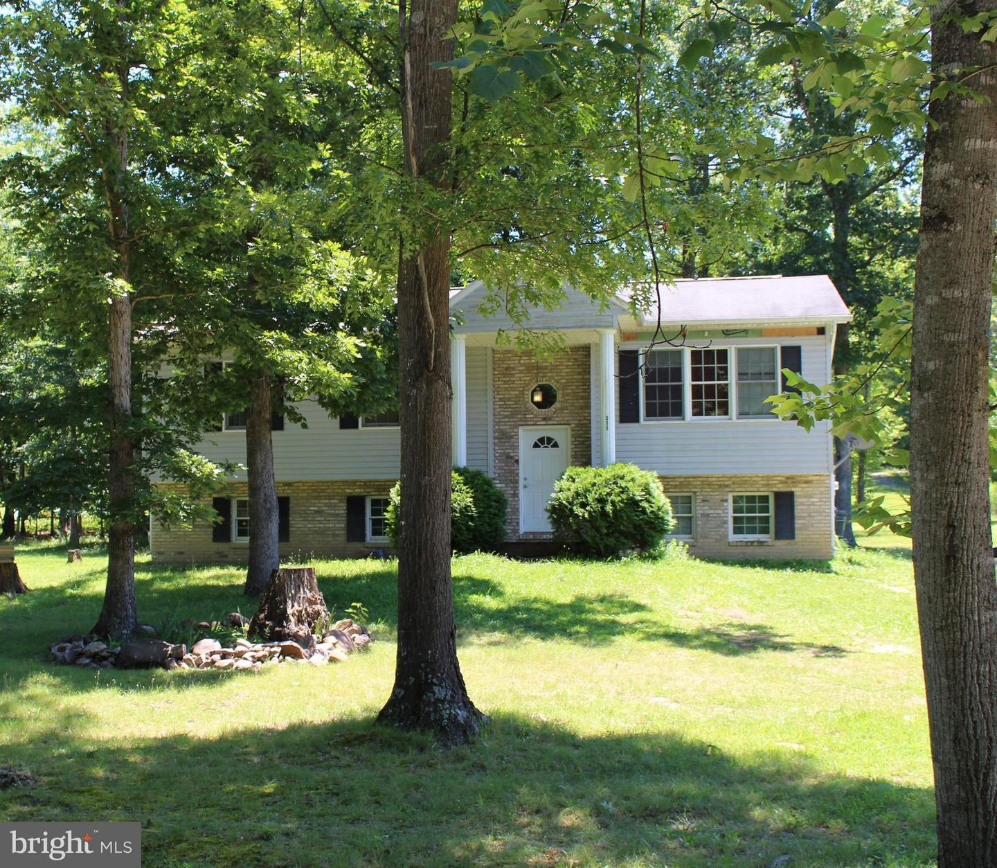 Single Family for Sale at 311 Warden Circle Rd Wardensville, West Virginia 26851 United States