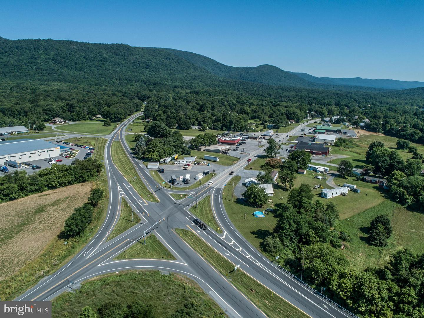 Commercial for Sale at 77 Path Valley Rd Fort Loudon, Pennsylvania 17224 United States