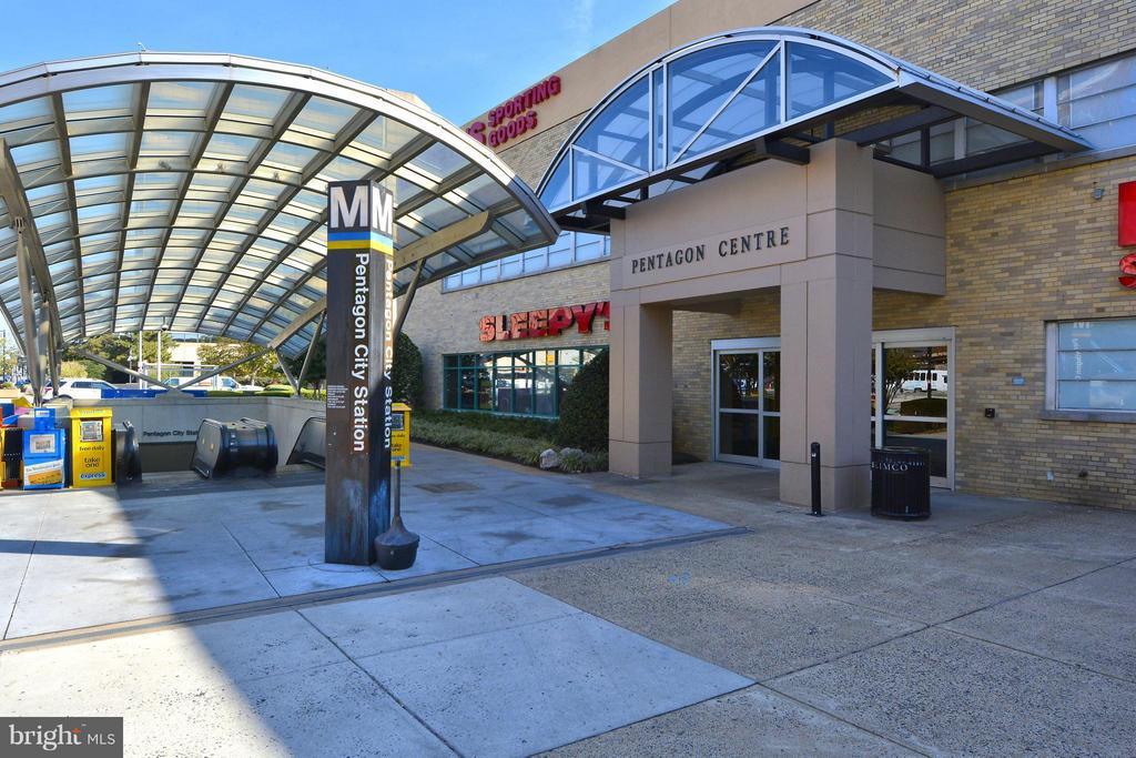 Pentagon City Metro - 1807 24TH ST S, ARLINGTON