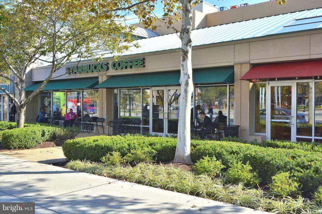 Starbucks - 1807 24TH ST S, ARLINGTON