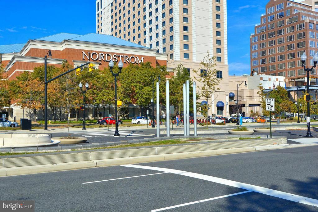 Pentagon City Shops - 1807 24TH ST S, ARLINGTON