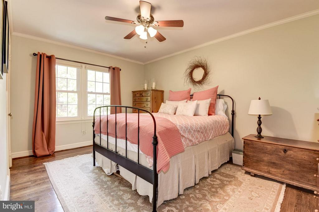 Bedroom on Upper Level - 1807 24TH ST S, ARLINGTON