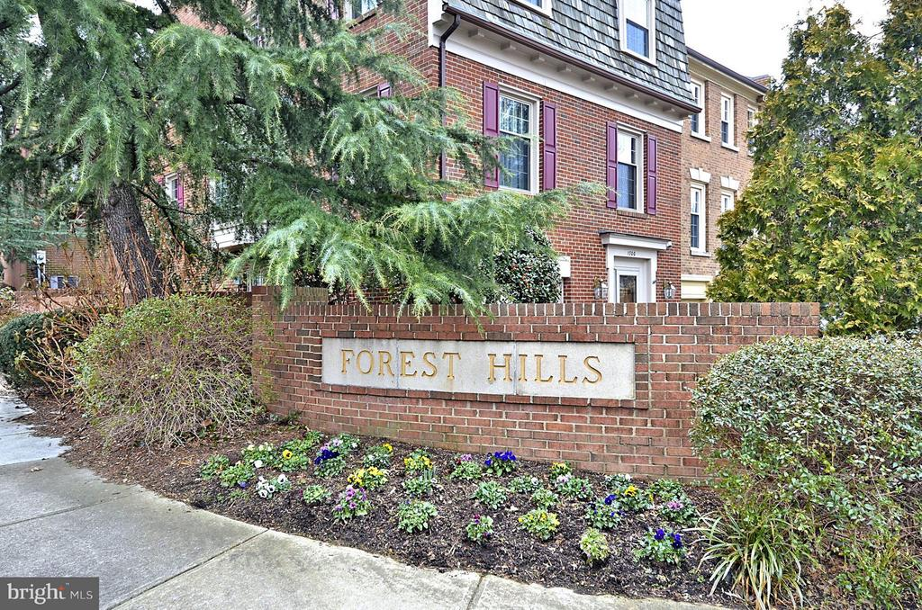 Welcome to Forest Hills - 1807 24TH ST S, ARLINGTON
