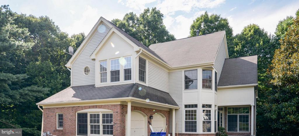 16002  PENNSBURY DRIVE, Bowie, Maryland