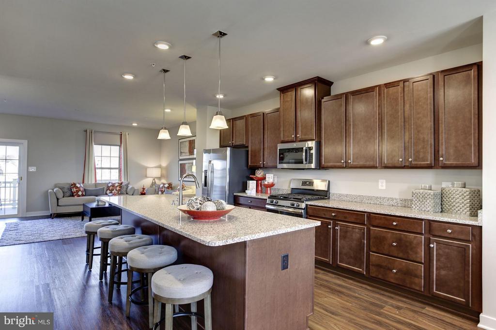 Kitchen - 5605 RICHMANOR TER #F, UPPER MARLBORO