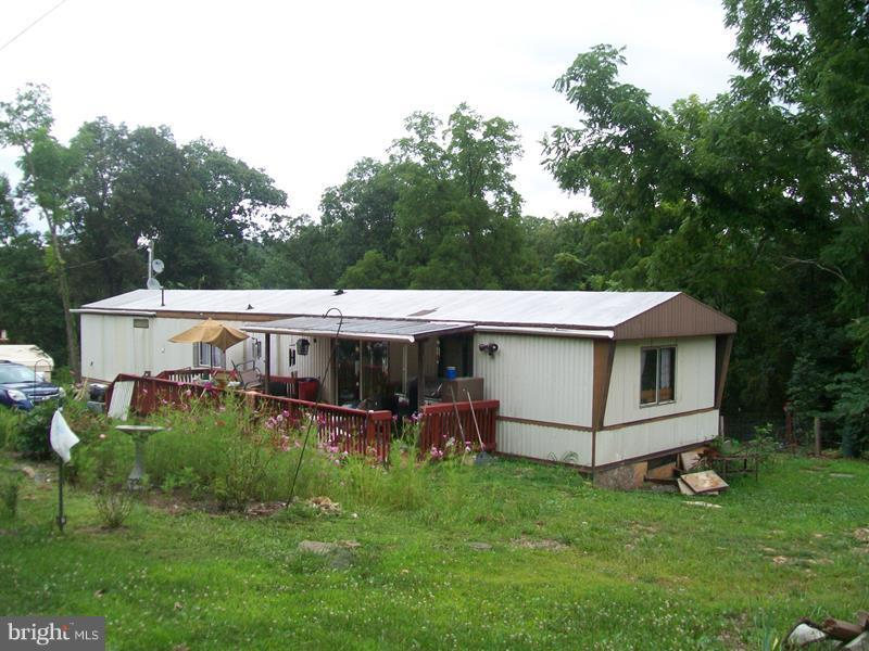 Single Family for Sale at 1442 Feller Dr Levels, West Virginia 25431 United States