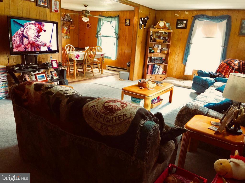 Living Room - 6600-A ROY SHAFER RD, MIDDLETOWN